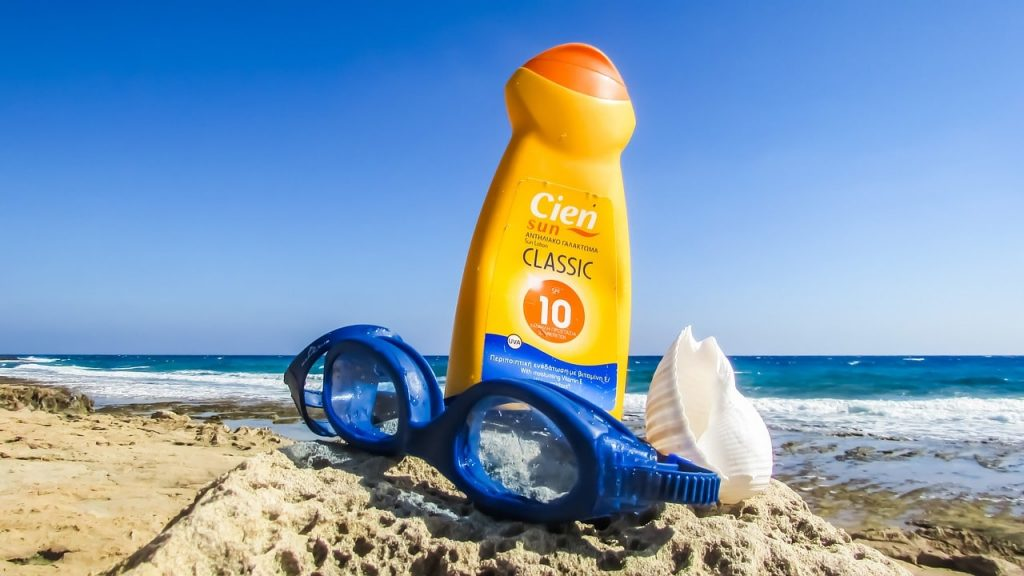 summer beach sunscreen